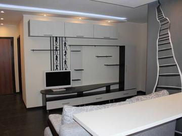 100 Просторная двухкомнатная квартира