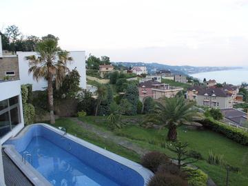 Горки 11 - SPA Вилла в Сочи с бассейном, сауной, джакузи и видом на море