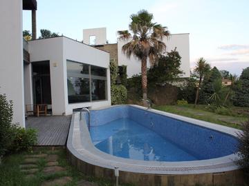 777 Элитный дом с бассейном и баней