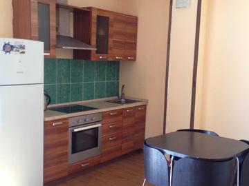 092 Двухкомнатная квартира на Орджоникидзе
