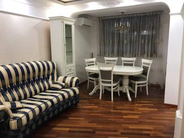 ул. Роз - Трехкомнатная квартира в центре города Сочи