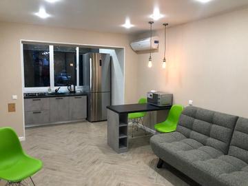 Однокомнатная квартира с новым ремонтом мебелью техникой
