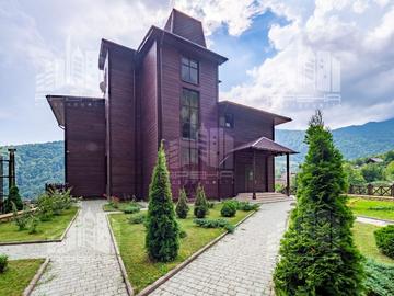 Дом в Красной Поляне на участке 20 соток