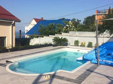 Дом с бассейном на участке 6 соток с панорамным видом на море